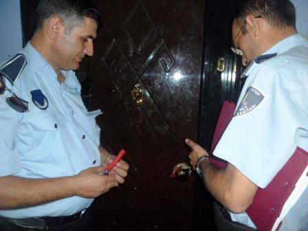Gaziantep police seal the New Life Church door.