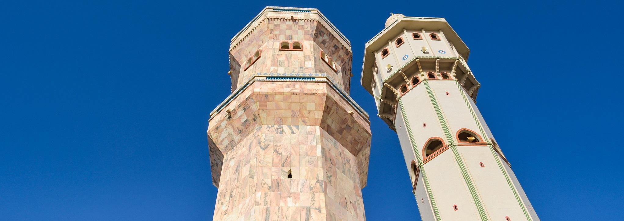 jbdodane, Lamp Fall and mosque of Touba, Senegal